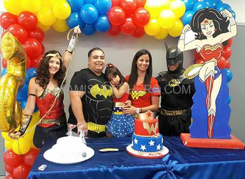 wonder woman batman kids party