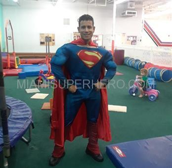 Superman Superhero Kid party